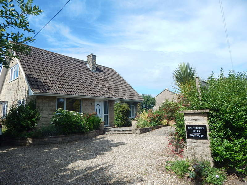 4 Bedrooms Detached Bungalow for sale in Ansford Hill, Castle Cary