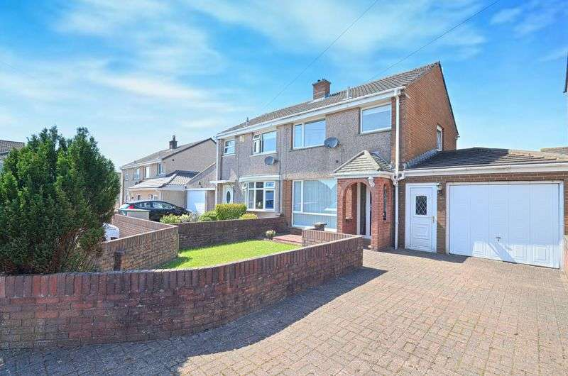 3 Bedrooms Property for sale in Eskdale Close, Cleator Moor