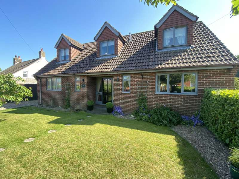 4 Bedrooms Detached House for sale in Willerton Road, North Somercotes, Louth, LN11 7NH