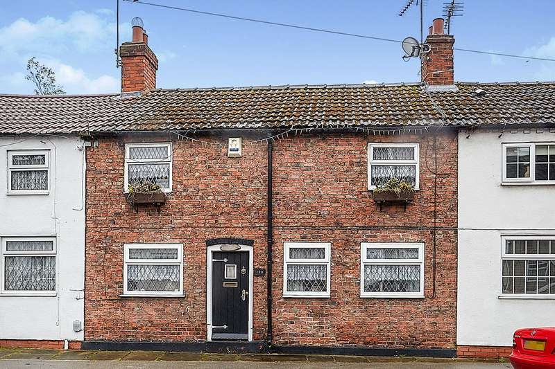 3 Bedrooms House for sale in Church Street, Sutton-On-Hull, Hull, HU7