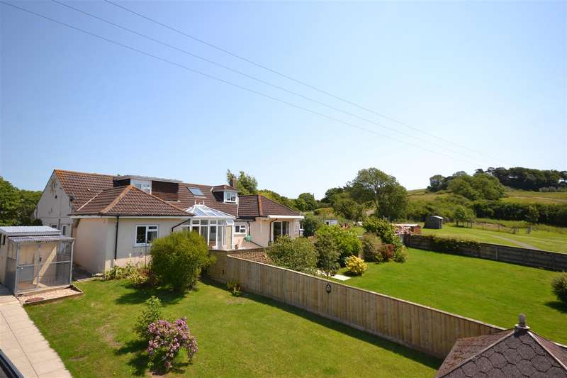 4 Bedrooms Detached House for sale in Dorchester Road, Bridport