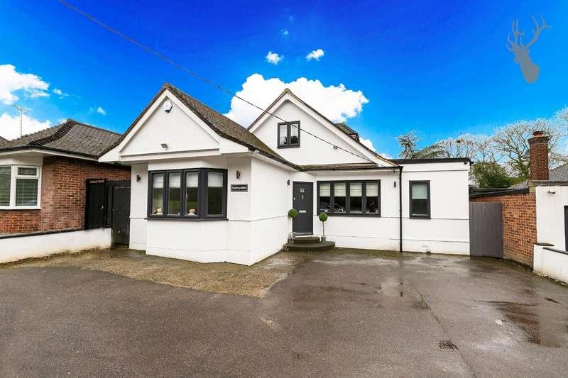 5 Bedrooms Bungalow for sale in Stapleford Road, Stapleford Abbotts, Romford