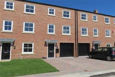 4 Bedrooms Town House for rent in Wheatlands, Malton