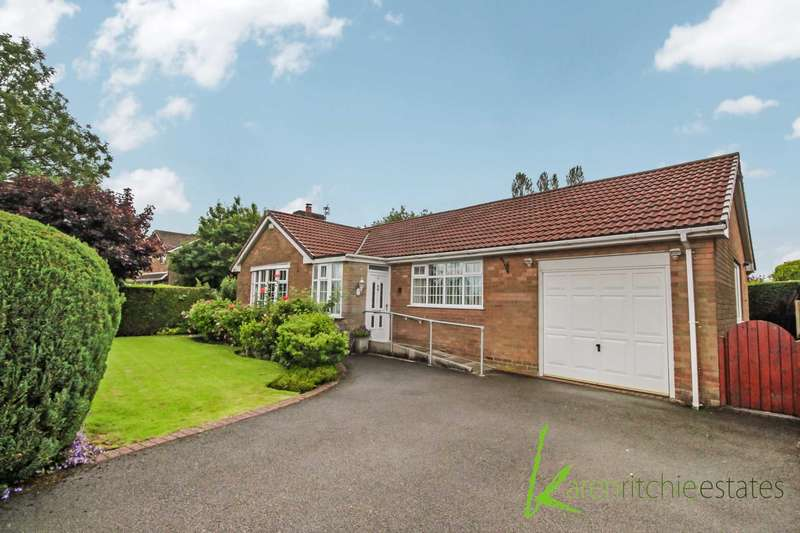 3 Bedrooms Detached House for sale in Ashdale Avenue, Bolton