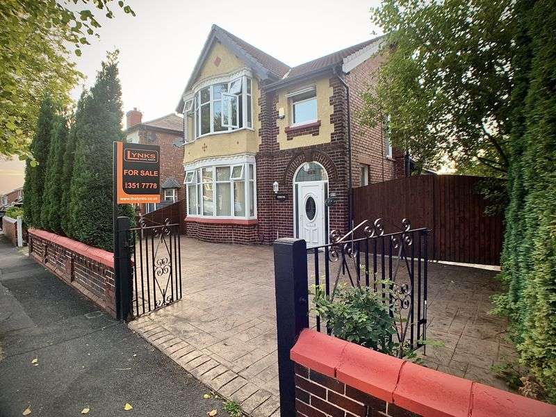 3 Bedrooms Property for sale in Town Lane,Denton