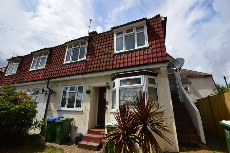 2 Bedrooms Maisonette Flat for sale in Braemar Avenue, Bexleyheath, DA7