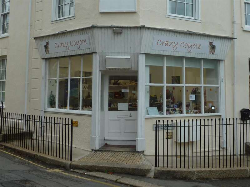 Shop Commercial for rent in John Street, Truro