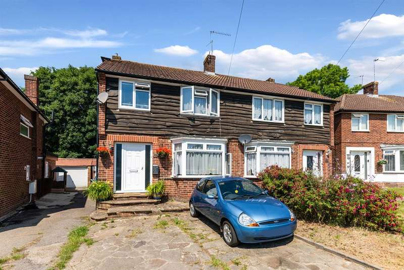 3 Bedrooms Semi Detached House for sale in Orpin Road, Merstham, RH1 3EY
