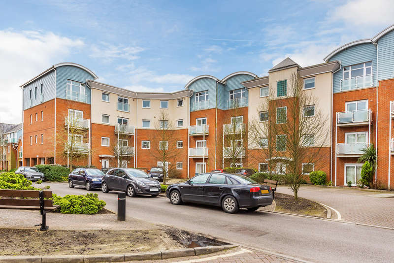 2 Bedrooms Flat for sale in Redhill, Surrey