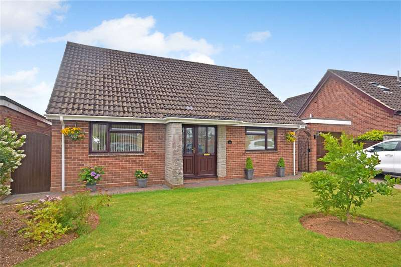 4 Bedrooms Detached Bungalow for sale in Cothelstone Close, Bridgwater, TA6