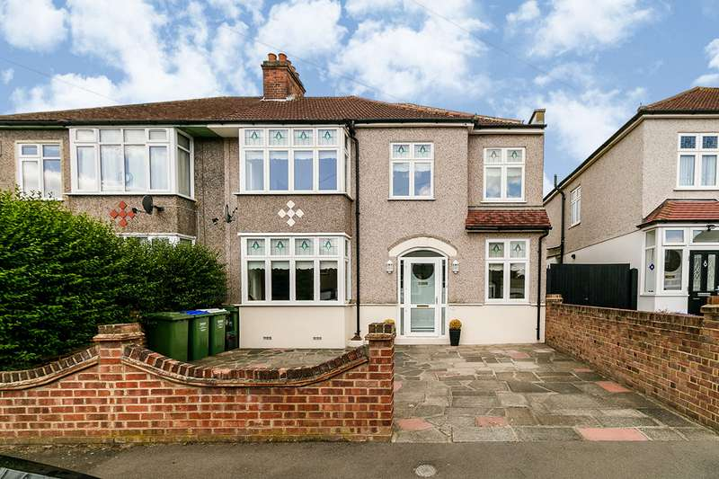 4 Bedrooms Semi Detached House for sale in Canberra Road, Bexleyheath, DA7