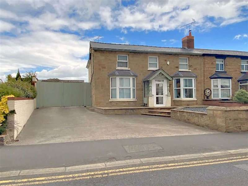 3 Bedrooms Cottage House for sale in Marlow Terrace, Mold, Flintshire