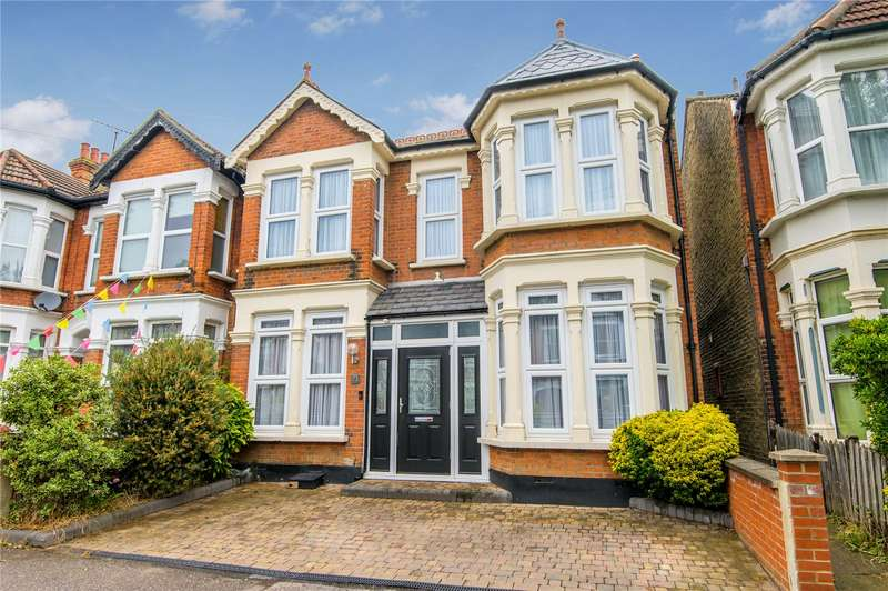 4 Bedrooms Semi Detached House for sale in Boscombe Road, Southchurch Village, Southend-on-Sea, Essex, SS2