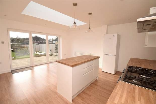 3 Bedrooms Detached House for sale in 33 Hillingdon Avenue, SEVENOAKS, Kent