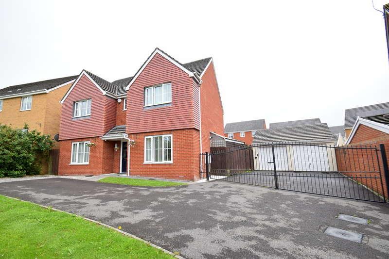 4 Bedrooms Detached House for sale in 1 Heol Y Fronfraith Fawr, Broadlands, Bridgend, Bridgend County Borough, CF31 5FR