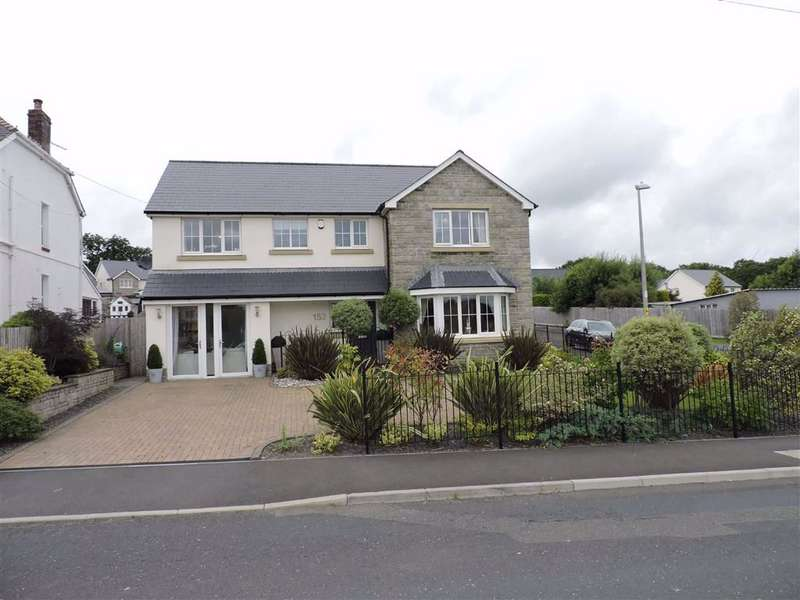 5 Bedrooms Detached House for sale in Saron Road, Saron