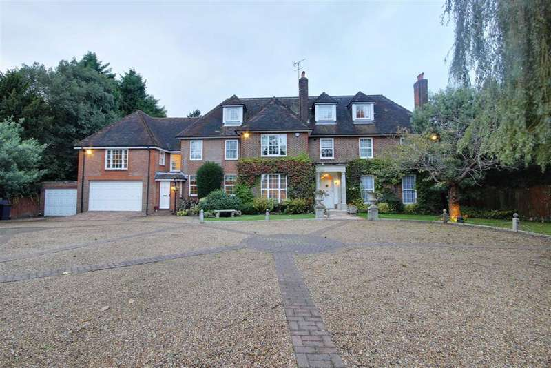10 Bedrooms Detached House for rent in Totteridge Village, Totteridge, London
