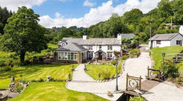 3 Bedrooms Detached House for sale in Pantersbridge, Mount, Bodmin, Cornwall