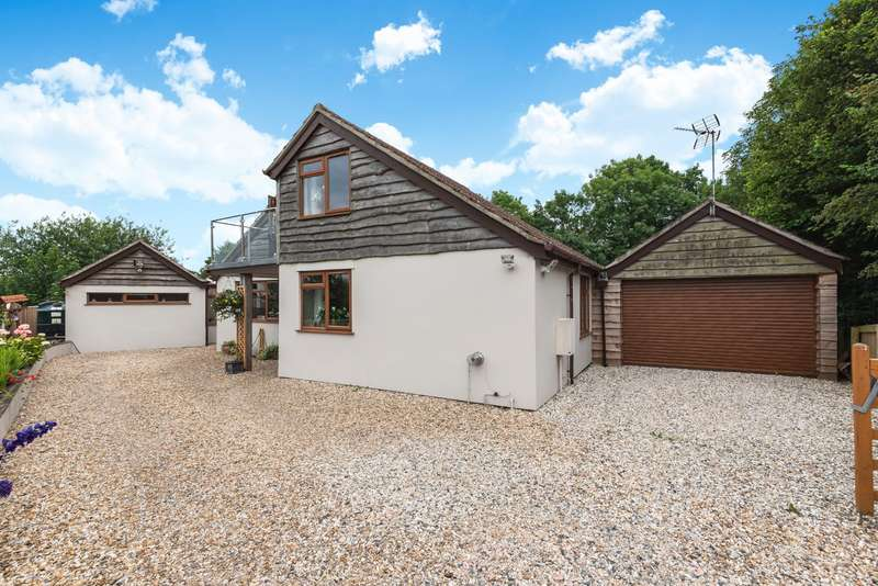 5 Bedrooms Detached Bungalow for sale in Chapel Hill, Higher Odcombe, Yeovil, Somerset, BA22