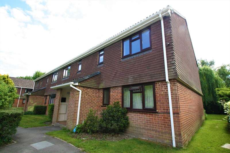 1 Bedroom Apartment Flat for sale in Robyns Way, Edenbridge, TN8