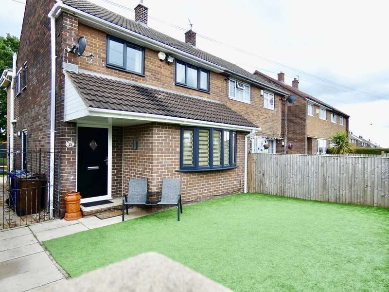 4 Bedrooms Semi Detached House for sale in St. Helens Way, Monk Bretton, Barnsley, South Yorkshire, S71