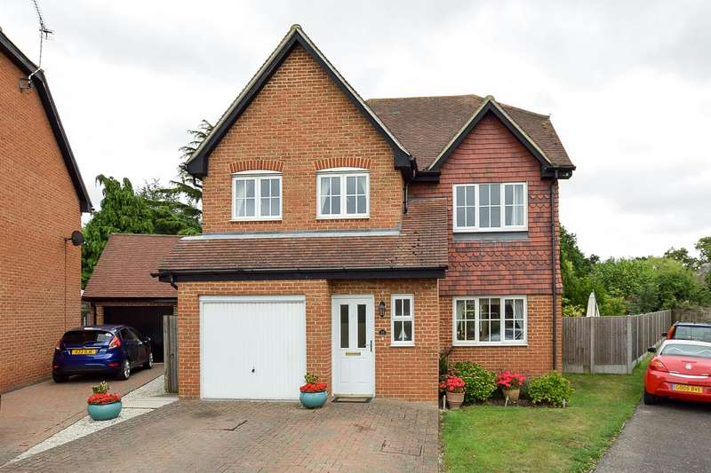 4 Bedrooms Detached House for sale in Wye Green, Herne Bay