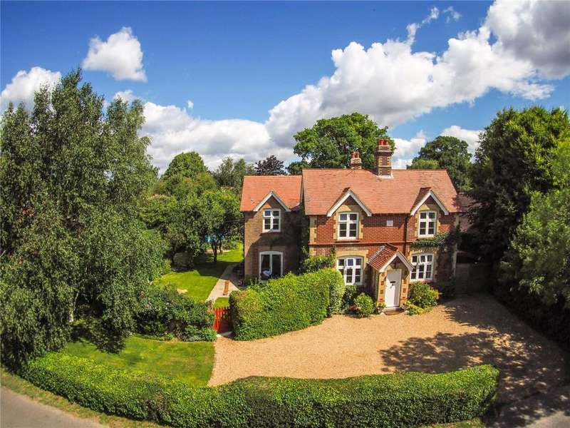 4 Bedrooms Detached House for sale in Treadwheel Road, Idsworth, Rowlands Castle, Emsworth, Hampshire, PO8