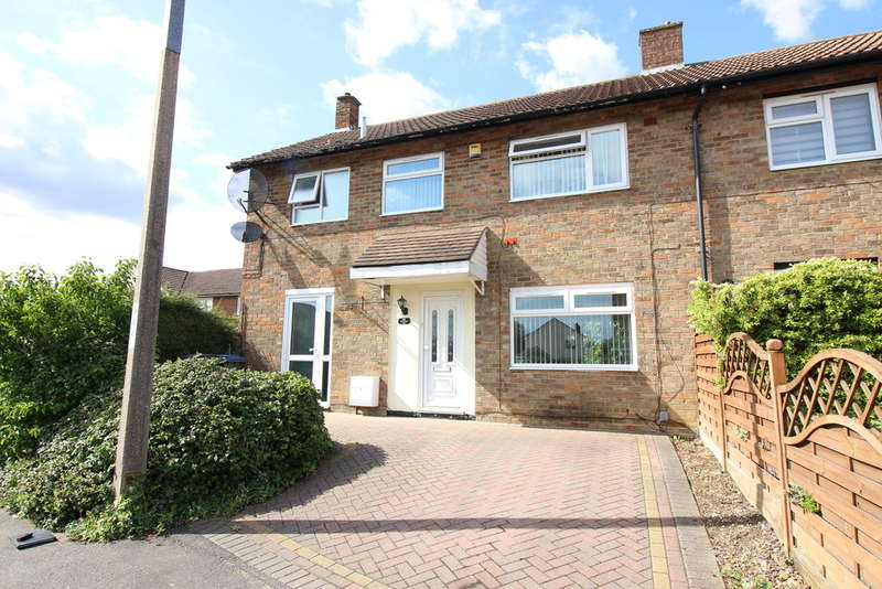 3 Bedrooms End Of Terrace House for sale in Parsonage Leys, Harlow, CM20