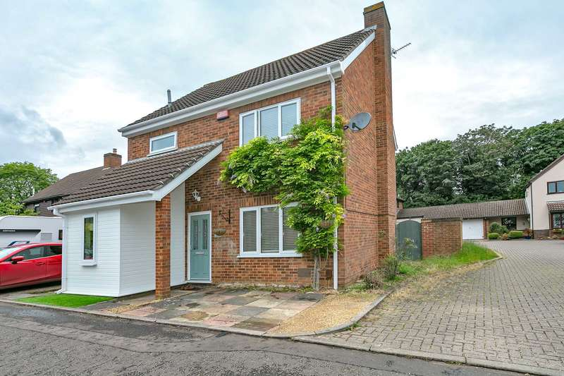 3 Bedrooms Detached House for sale in Kincardine Drive, Milton Keynes
