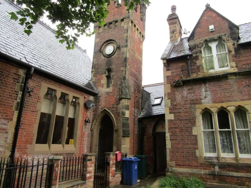 Property for sale in Church Cottage King Street, Thorne, Doncaster, South Yorkshire