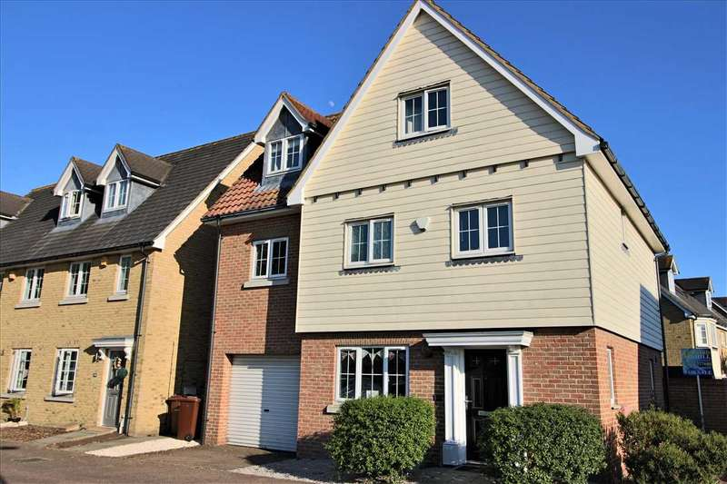 5 Bedrooms Detached House for sale in Elvin Drive, North Stifford