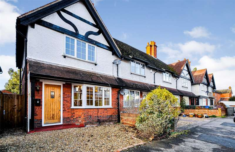 3 Bedrooms End Of Terrace House for rent in Portlock Road, Maidenhead, Berkshire, SL6