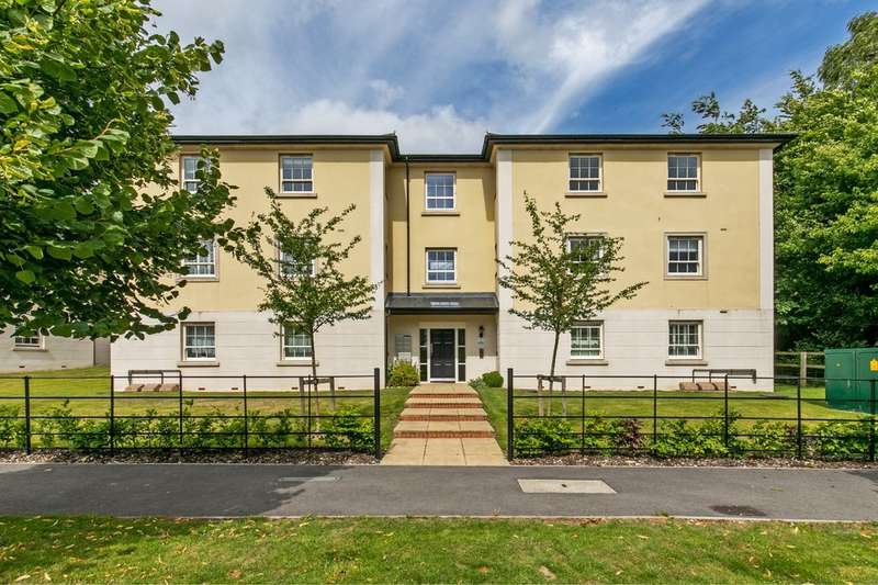 2 Bedrooms Flat for sale in Nicholson House, 1 Pitt Road, Winchester, SO22