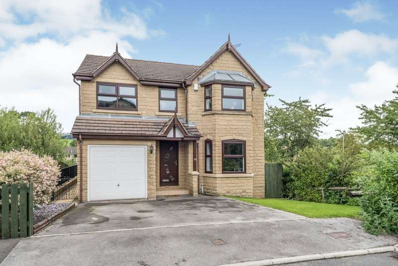 4 Bedrooms Detached House for sale in West End Drive, Cleckheaton, West Yorkshire, BD19