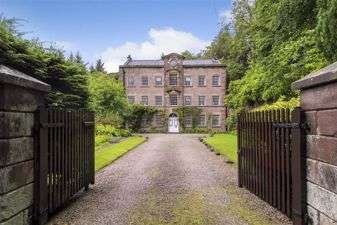 9 Bedrooms Detached House for sale in Wildboarclough, Macclesfield, Cheshire