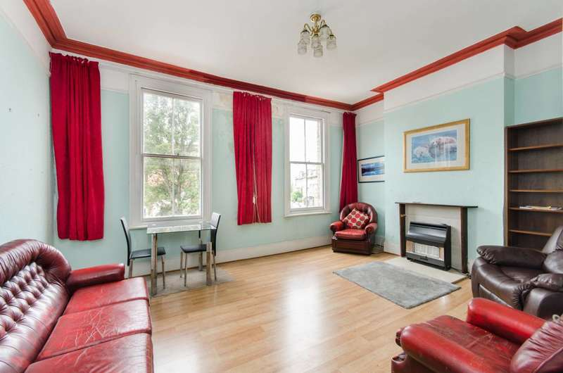 3 Bedrooms Flat for sale in Askew Road, Wendell Park, W12