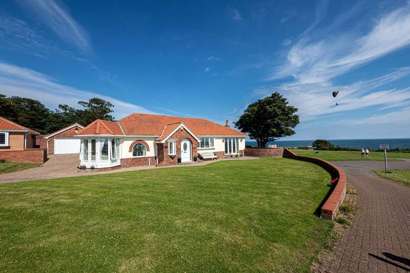 4 Bedrooms Detached Bungalow for sale in Sea Gate View, Sewerby, Bridlington, East Yorkshire, YO15