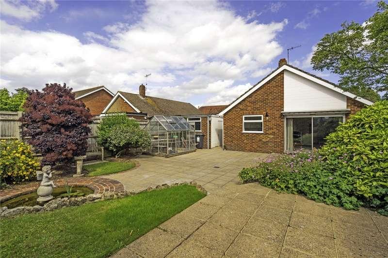 2 Bedrooms Bungalow for sale in Victoria Road, Golden Green, Tonbridge