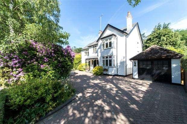5 Bedrooms Detached House for sale in Ellis Road, Crowthorne, Berkshire