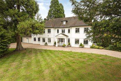 6 Bedrooms Detached House for sale in Forest Ridge, Keston Park
