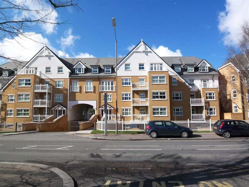 2 Bedrooms Apartment Flat for sale in Shore Point, 46 High Road, Buckhurst Hill