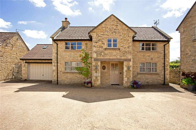 4 Bedrooms Detached House for sale in Mead View Close, Marshfield, SN14