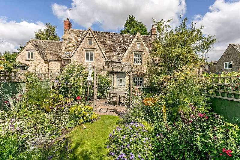 2 Bedrooms Terraced House for sale in The Butts, Poulton, Cirencester, GL7