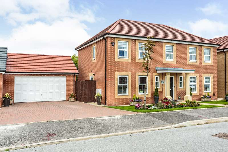 4 Bedrooms Detached House for sale in Redwood Boulevard, Blackpool, Lancashire, FY4