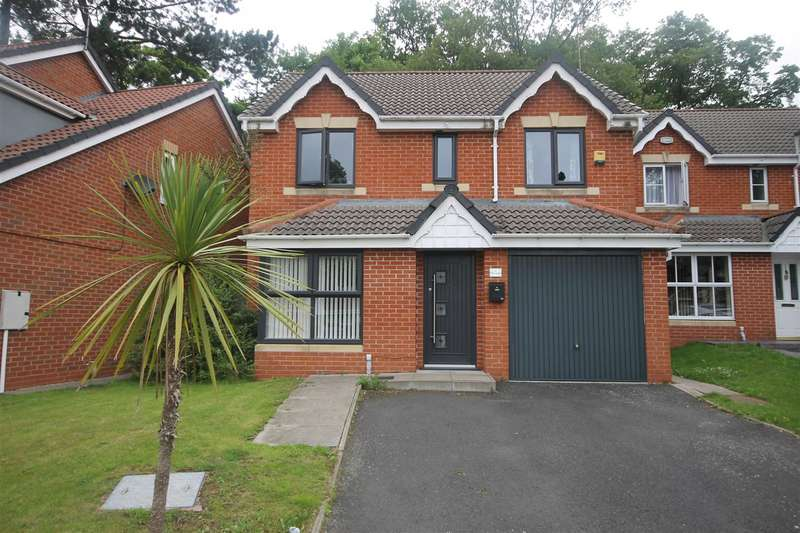 4 Bedrooms Detached House for sale in The Oaks, Bloxwich