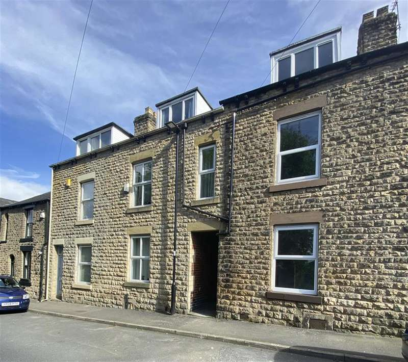 3 Bedrooms Terraced House for sale in Carr Road, Sheffield, S6 2WY