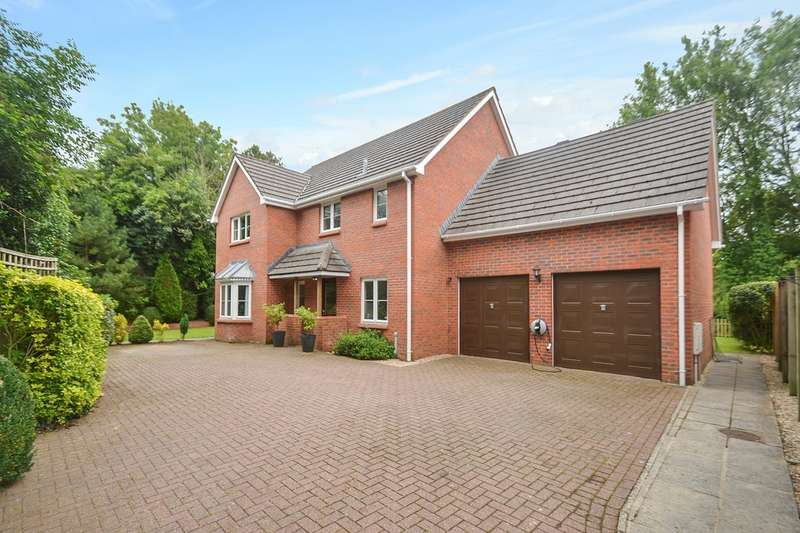 5 Bedrooms Detached House for sale in Manor Road, Landkey, EX32