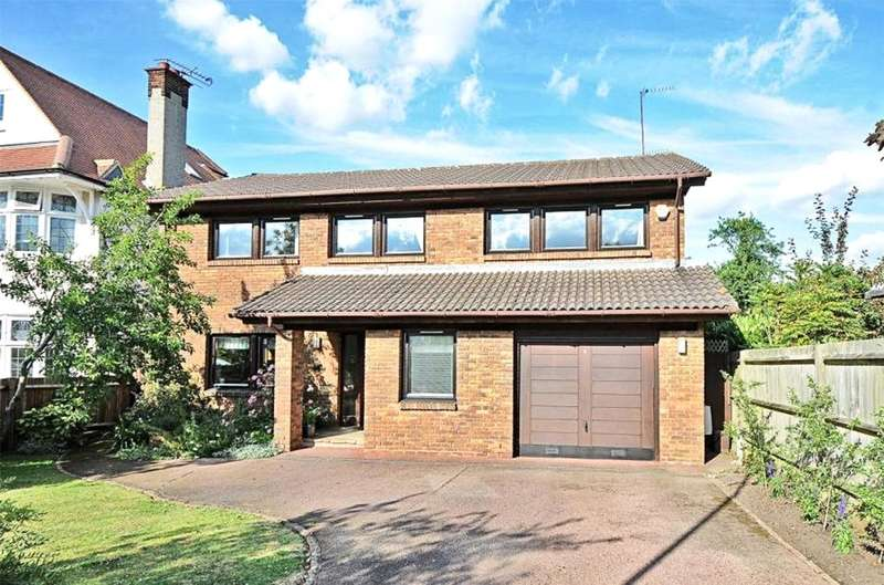 4 Bedrooms Detached House for sale in Langton Avenue, Whetstone, N20