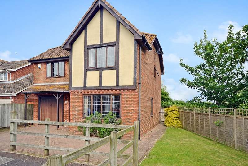 4 Bedrooms Detached House for sale in Richmond Drive, New Romney