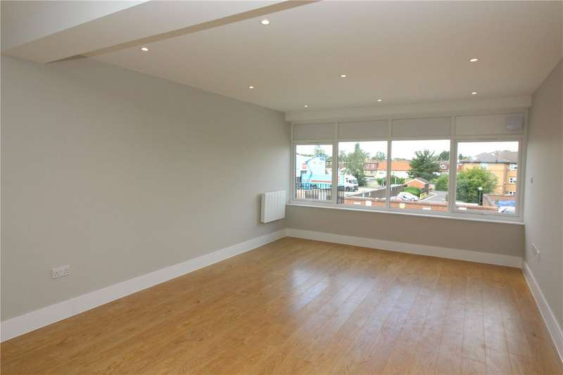 2 Bedrooms Flat for sale in Shenley Road, Borehamwood, Hertfordshire, WD6